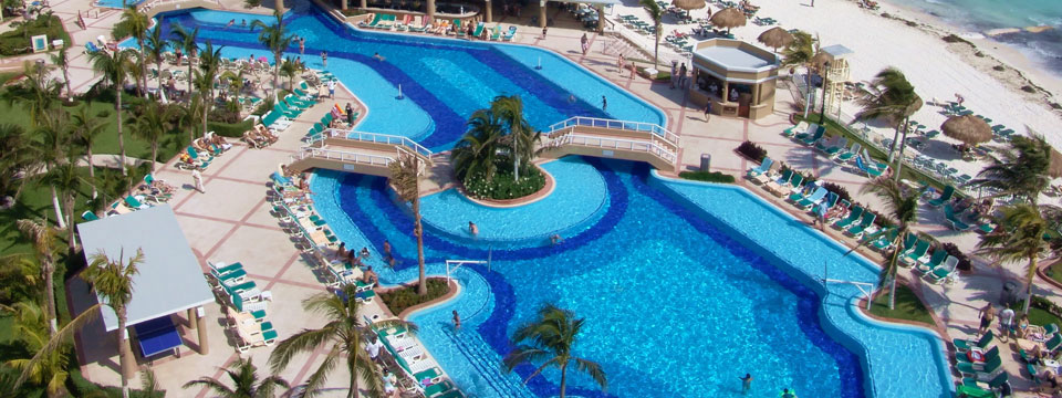 Cancun Group Travel